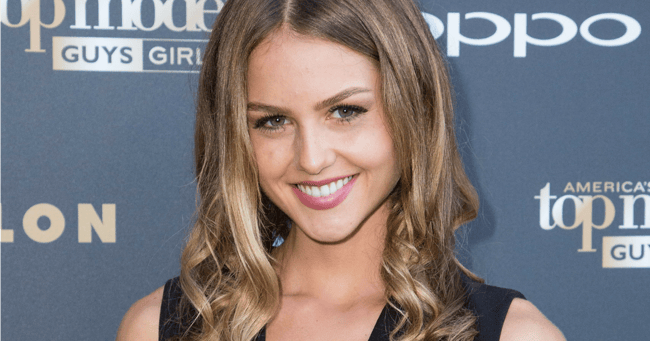 Isabelle Cornish naked (48 gallery), foto Pussy, Twitter, cleavage 2020