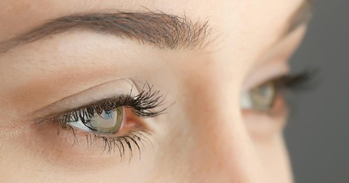 Does Petroleum Jelly Make Eyelashes Longer