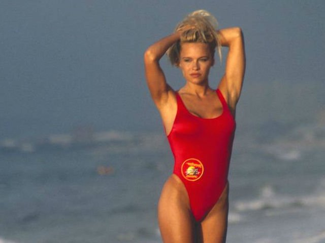 3091eec3f69 The fash pack has spoken: here's the must-have swimsuit of summer.