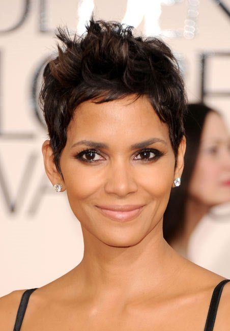 Short hairstyles for older women that are done so right.