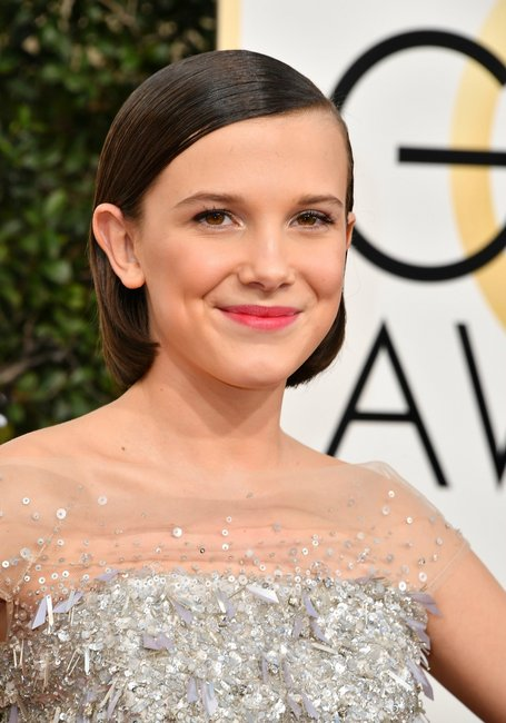 milly-brown-golden-globes-2017