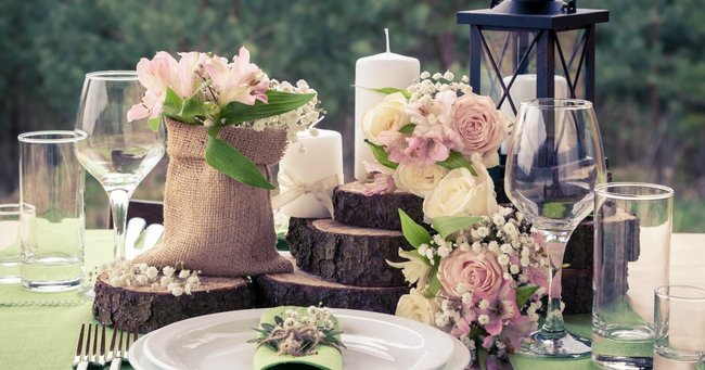 10 stunning and simple decoration ideas outdoor wedding as an addition to a wedding table setting add pieces of timber to create different levels you can buy used timber decorations on gumtree or junglespirit