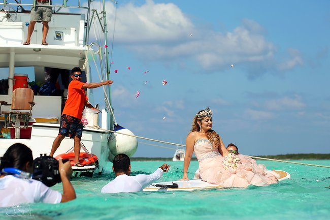 Susana and Jovany's 'mermaid' wedding