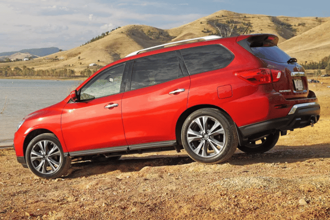 nissan pathfinder review 2017