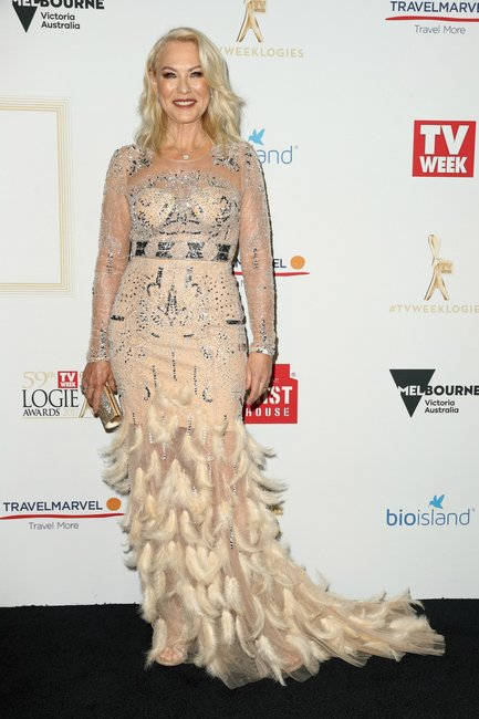Kerri-Anne-Kennerley-logies-2017-dress