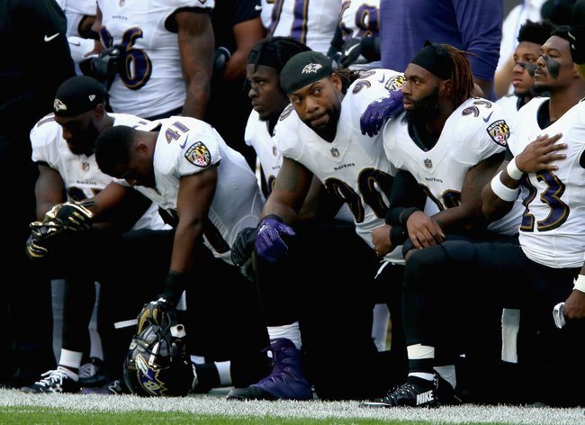 nfl players kneel