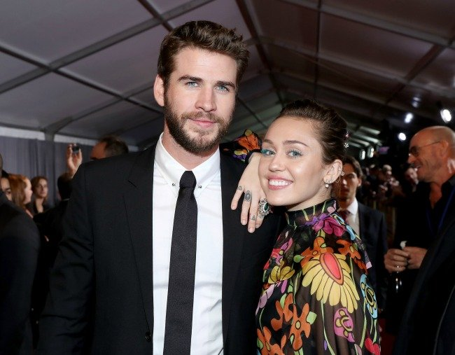"Miley and Liam at The World Premiere of Marvel Studios' ""Thor: Ragnarok"" on October 10, 2017. Image via Getty."