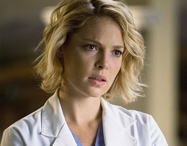 Katherine Heigl as Izzie Stevens on Grey's Anatomy.