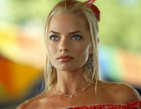 Margot Robbie Lookalike Is Another Actress Named Jaime Pressly Finally, the joe dirt script is here for all you quotes spouting fans of the david spade movie. margot robbie lookalike is another
