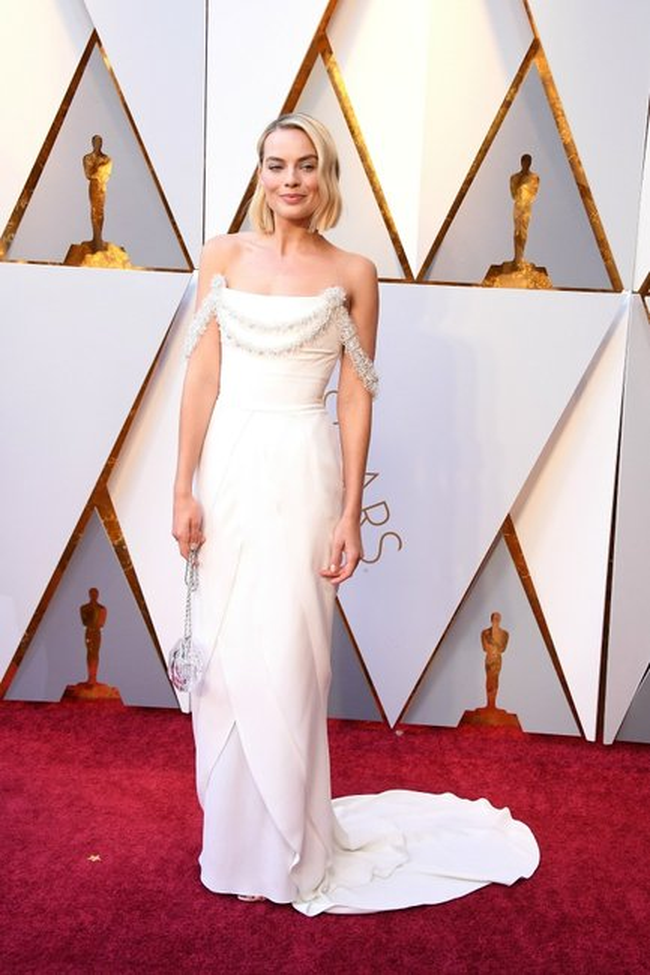 Margot-Robbie-90th-Annual-Academy-Awards