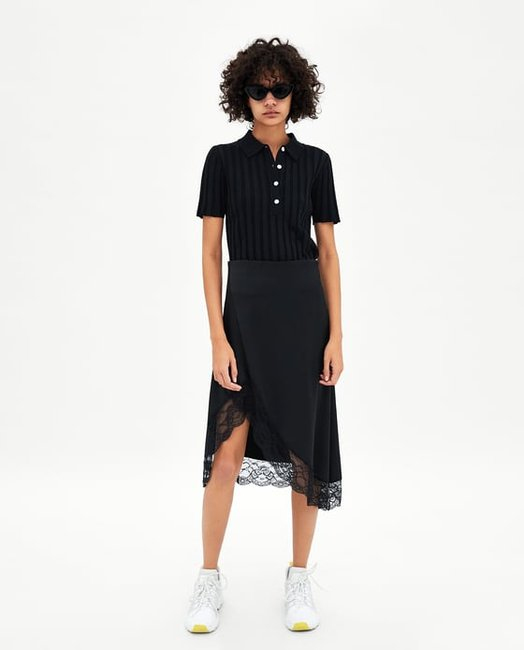 Zara launched its online store in Australia today, and we couldn't be more ready to shop the retailer's wallet-friendly wears. Zara launched its online store in Australia today, and we couldn't be more ready to shop the retailer's wallet-friendly wears.