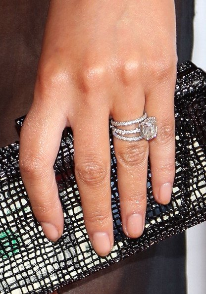 chrissy teigen engagement ring