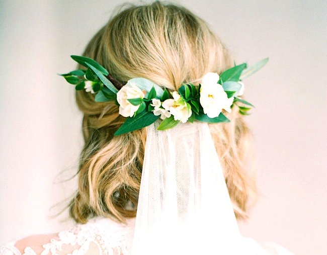 5 Easy Wedding Hairstyles For Short Hair That Aren T Boring Or Mumsy