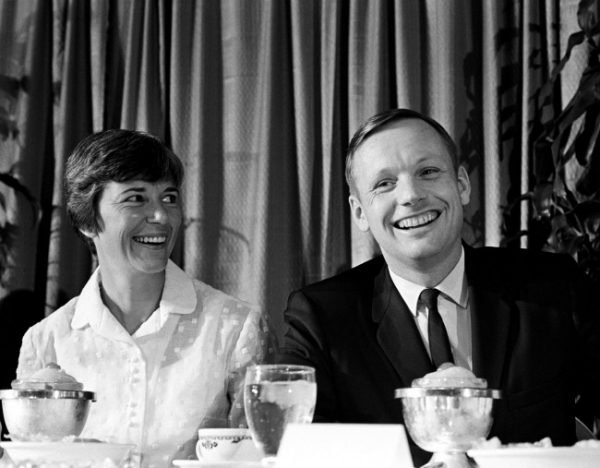 neil armstrong wife - 600×468