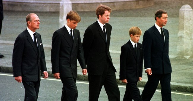 Princess Diana S Funeral Why Prince Philip Walked Behind Diana S