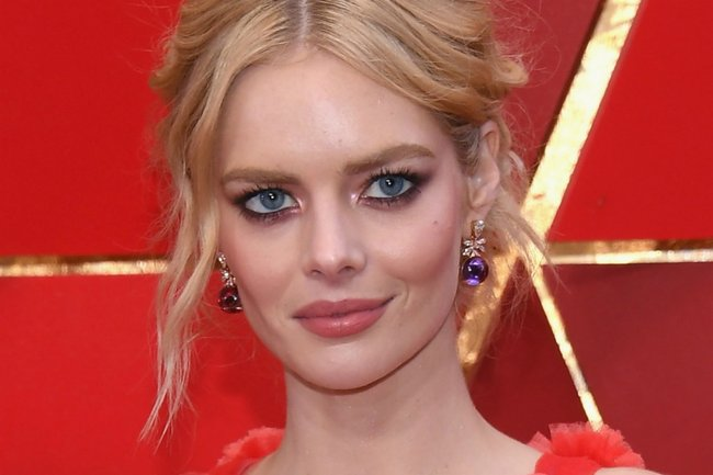 Innocent Sex Scene samara weaving exits smilf after sex scene complaints.