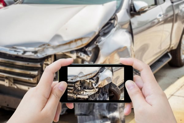 taking-photos-of-a-car-accident