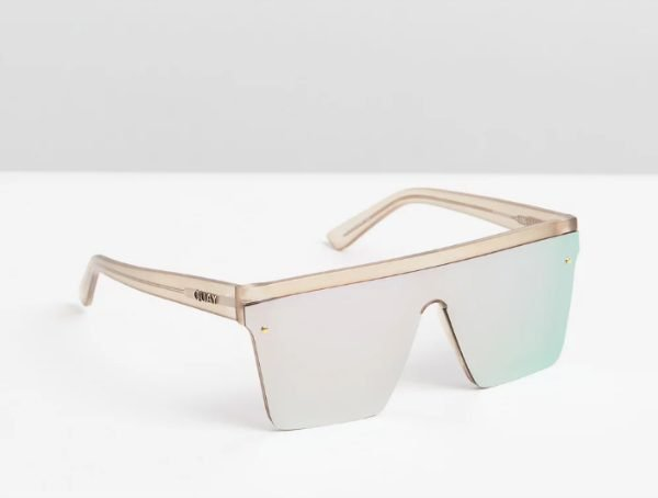 quay hindsight sunnies