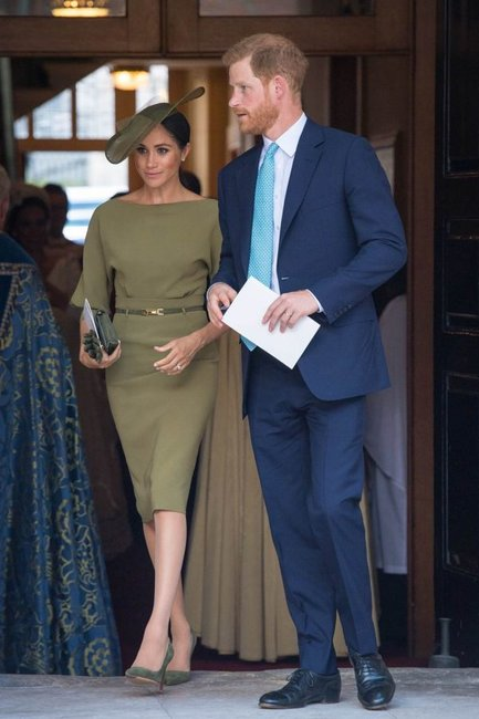 meghan and harry pricne louis christeningmeghan and harry pricne louis christening