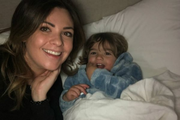 travelling as a single mum
