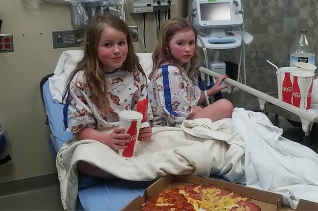 Leia and Carolina in hospital