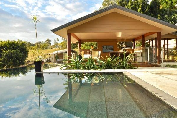airbnb hinterland qld