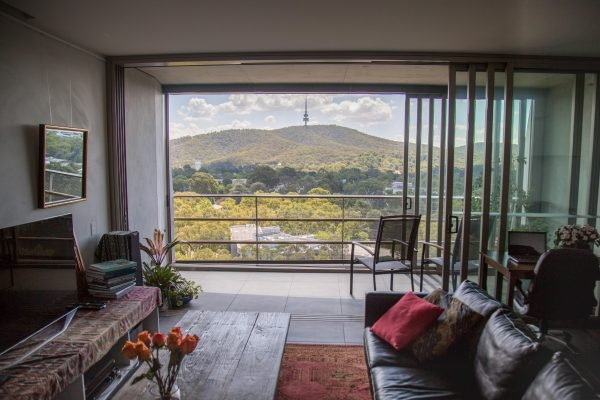 airbnb canberra