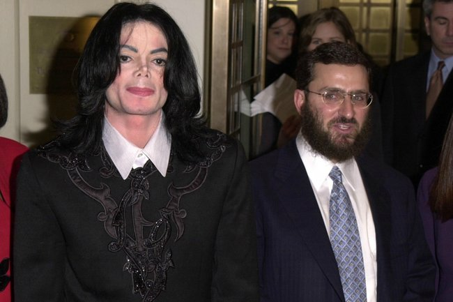 Michael Jackson and Rabbi Boteach in 2001.