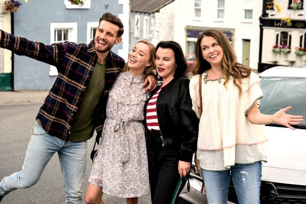 The premiere date for the new season of Younger has been confirmed and it's right around the corner.