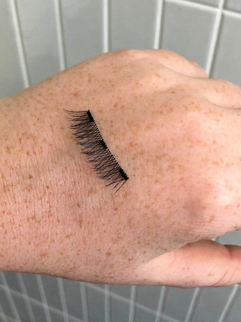 manicare-magnetic-lashes-close-up