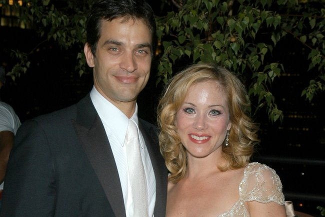 Johnathon Schaech and Christina Applegate in 2005