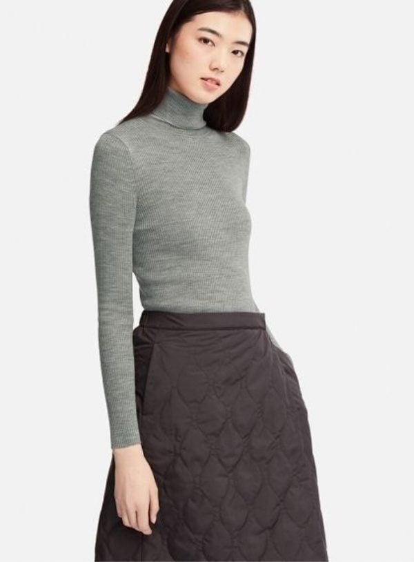 UniqloWOMEN Extra Fine Merino Ribbed Turtle Neck Sweater