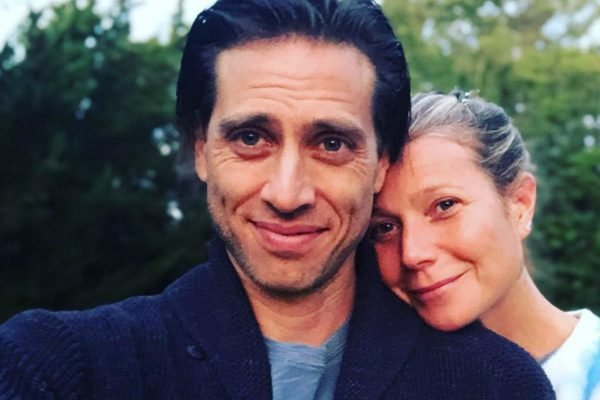 Gwyneth Paltrow doesn't live with her husband. Apparently they're having 'hot sex'.