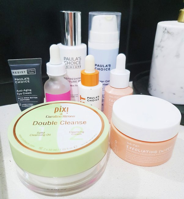 what's in her bag evening skincare