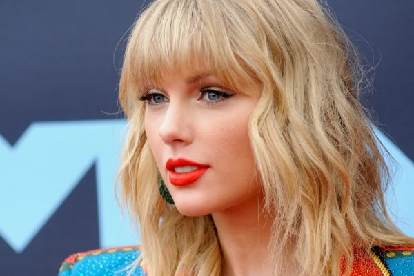 """Impossible for her to be here"": Taylor Swift has cancelled her Melbourne Cup concert."