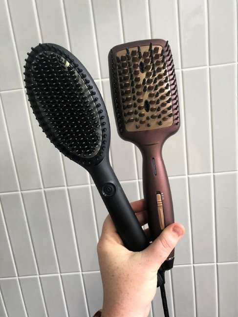 VS Sassoon Frizz Defense Hair Straightening Brush