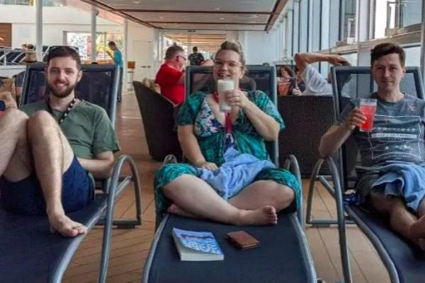 Nine friends from Coffs Harbour boarded a cruise to New Zealand. Three will never come home.