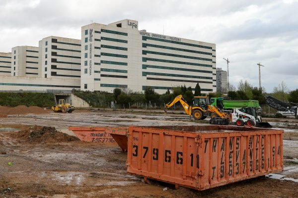 Valencia Launches The Construction Of A Field Hospital Together With La Fe Hospital
