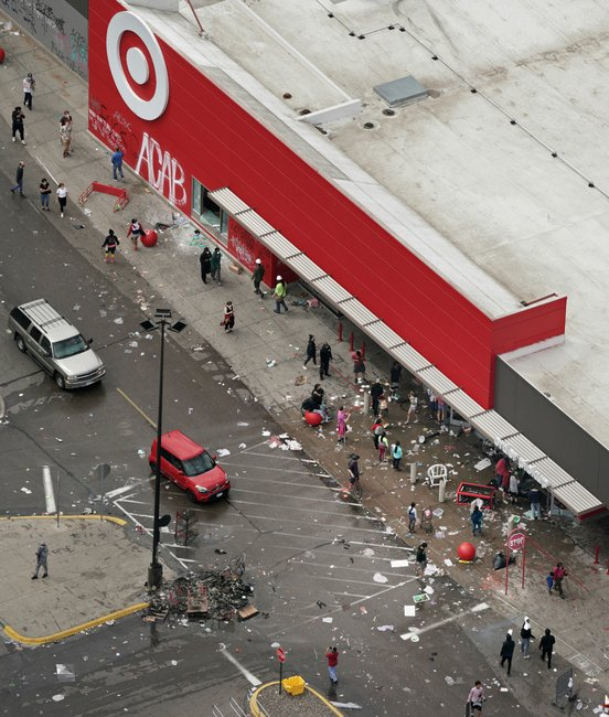 looter minneapolis riots